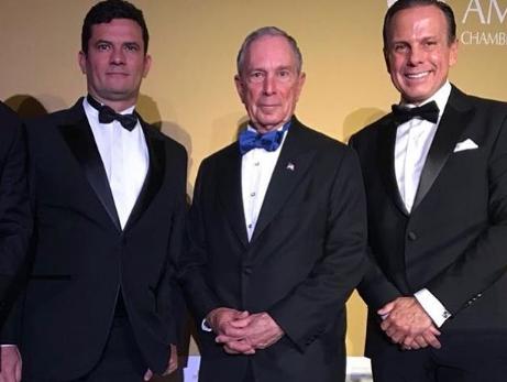 Moro e Bloomberg recebem prêmio de 'Pessoa do Ano' nos EUA