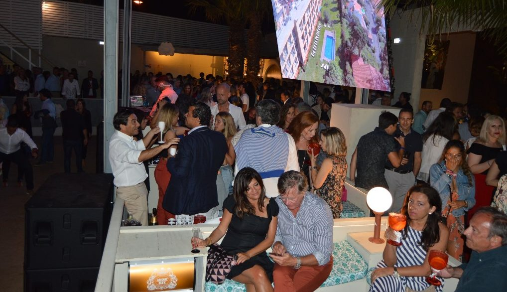 "Dom Pedro Hotels realiza ""Champagne Summer Party"" em Vilamoura"