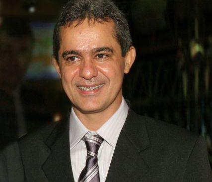 Empresário da rede de Lojas Zenir vai receber Troféu Clóvis Rolim